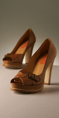 KORS Shoes Spice Leather Platform Pump