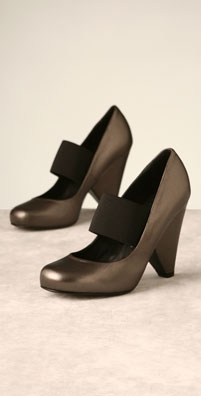 Tapeet Mary Jane Pump