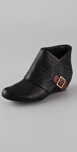 Elizabeth and James Swelt Flat Cuff Booties