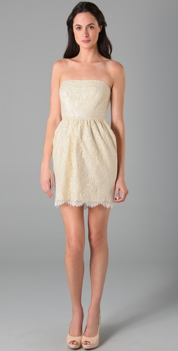 Little Lace Dress  Philly Fashionistas