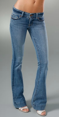 jbran2003620000 prod medium v1 m56577569831102728 Deal of the Day: J Brand Lovestory Jeans   $59.40!