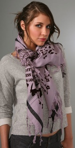 llegh2001432655 p1 v1 m56577569831994547 150x296 Should You Wear a Scarf?