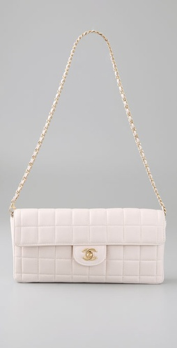 wgaca2009412397 p1 v1 m56577569831817829 254x500 Chanel quilted lambskin flap bag