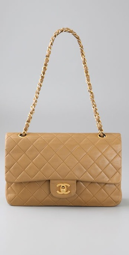wgaca2009612408 p1 v1 m56577569831817814 254x500 Chanel quilted lambskin flap bag