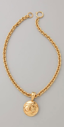 WGACA Vintage Vintage Chanel CC Round Necklace